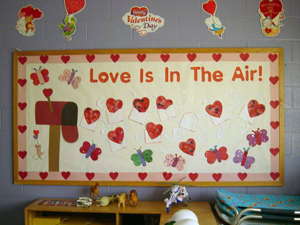 Schön Valentineu0027s Day Bulletin Board Ideas. Love Is In The Air. (Photo Submitted  By Shell)